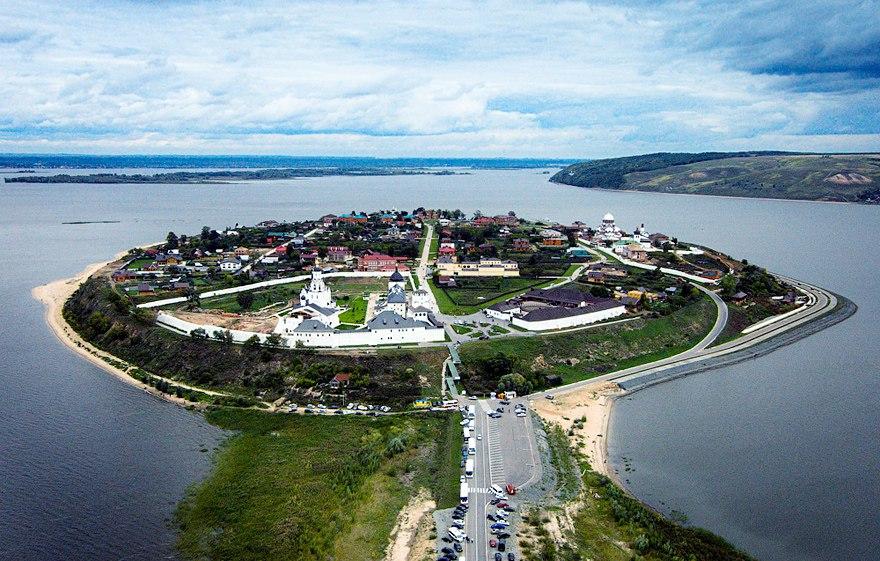Экскурсия «Цитадель завоевателя» на Остров Град Свияжск.